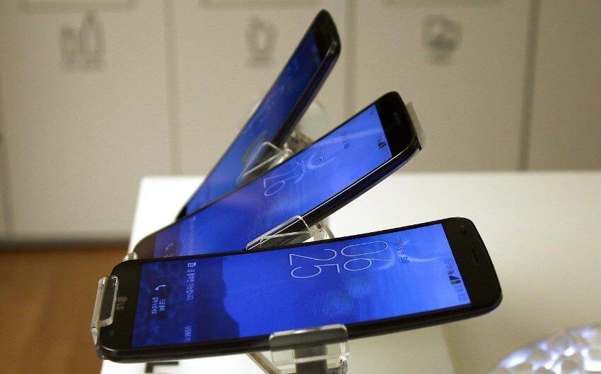 pantallas-curvas-smartphones en el 2017
