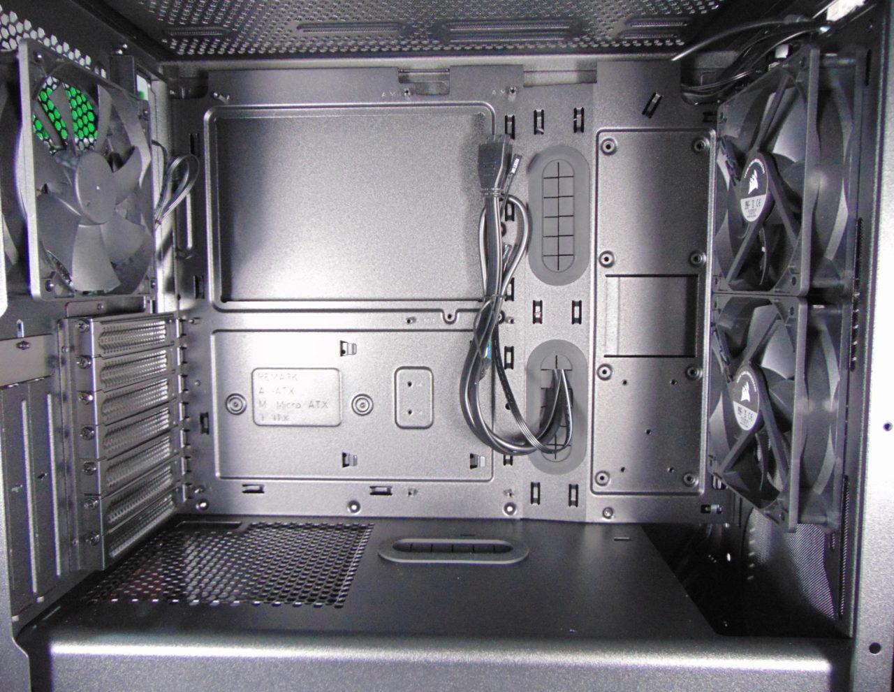 Corsair 275R Airflow